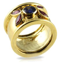 SAPPHIRE AND RUBY 18K YELLOW GOLD RING