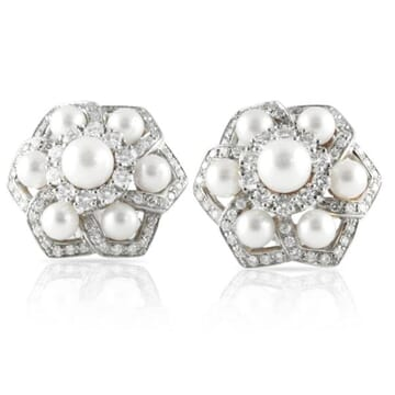PEARL AND DIAMOND 18K WHITE GOLD CLUSTER EARRINGS