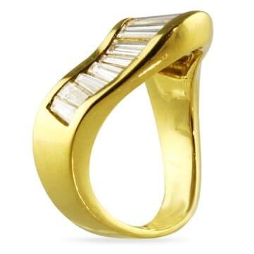 DIAMOND 18K YELLOW GOLD RING