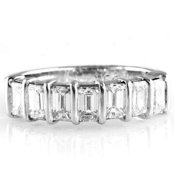1.75 CT SEVEN STONE EMERALD DIAMOND WEDDING BAND