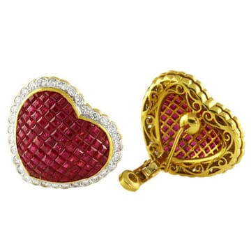 RUBY AND DIAMOND 18K YELLOW GOLD CLUSTER EARRINGS