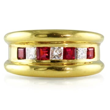 RUBY AND DIAMOND 18K YELLOW GOLD RING