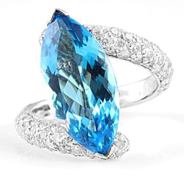 TOPAZ AND DIAMOND 18K WHITE GOLD RING