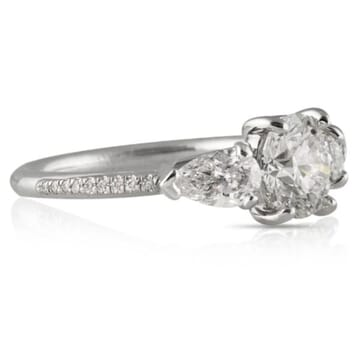 1.23 ct Round Diamond Platinum Engagement Ring