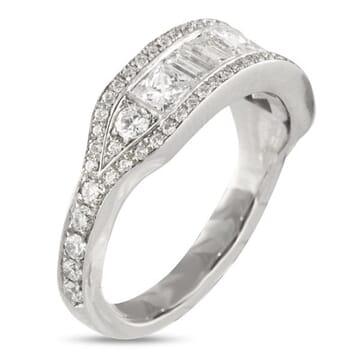 2.50 CT BAGUTTE, PRINCESS AND ROUND DIAMOND WEDDING BAND