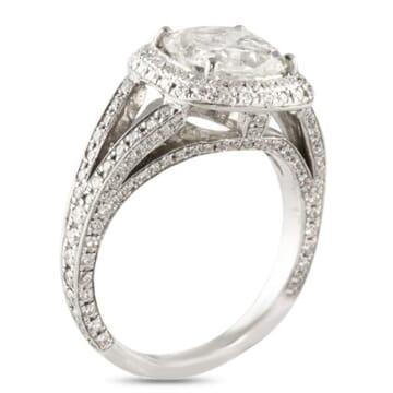 1.86 ct Cushion Cut Diamond 18K White Gold Engagement Ring