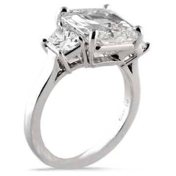 5.01 ct Radiant Cut Diamond Platinum Engagement Ring