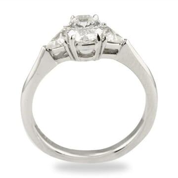 .82 ct Oval Diamond Platinum Engagement Ring