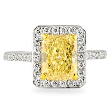 2.44 ct Radiant Diamond 18K White Gold Engagement Ring
