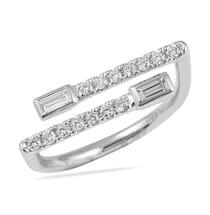 criss cross wedding band design