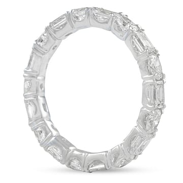 Alternating Oval and Emerald Diamond Eternity Band