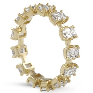 emerald cut eternity band in yellow gold