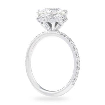 2 carat round diamond engagement ring