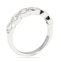 .70 CT ROUND DIAMOND IN OVAL BEZEL HALFWAY WEDDING BAND