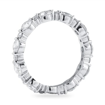 2.2 CT ALTERNATING SIZE ROUND DIAMOND SHARED PRONG ETERNITY