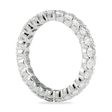 2.85 CT OVAL DIAMOND ETERNITY BAND