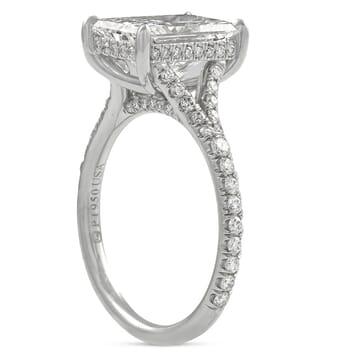 2.80 carat Radiant Cut Diamond Split Band Ring front view