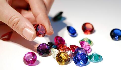 colored-gemstone-alternatives